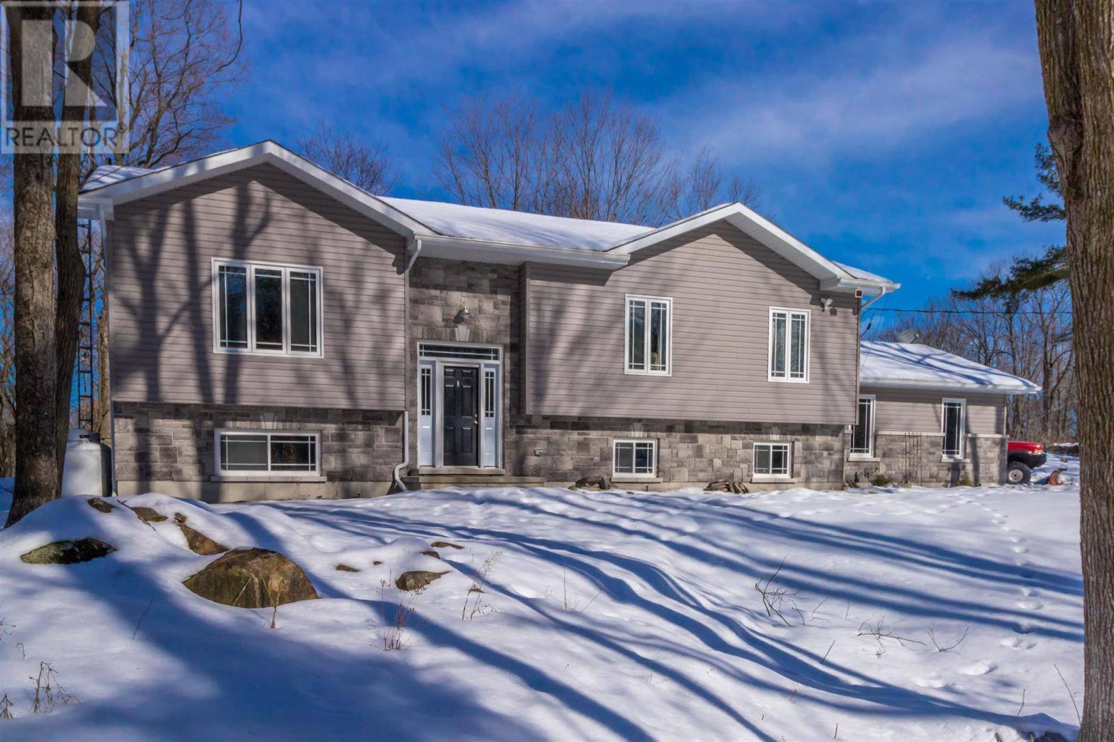 House for sale at 802 Burnt Hills Rd South Frontenac Ontario - MLS: K20000610