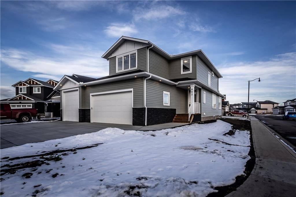 House for sale at 802 Hampshire Pl Ne Hampton Hills, High River Alberta - MLS: C4217838