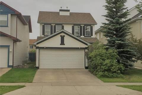 House for sale at 802 Martindale Blvd Northeast Calgary Alberta - MLS: C4258106