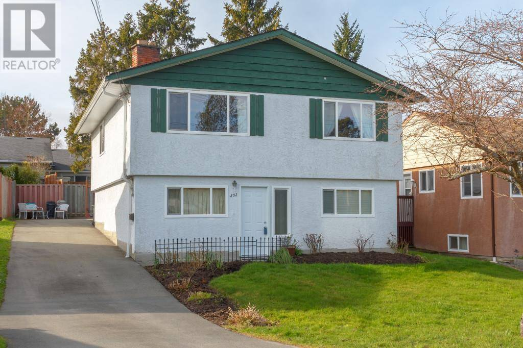 House for sale at 802 Sherk St Victoria British Columbia - MLS: 421134
