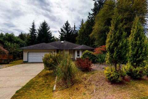 House for sale at 8023 Cooper Rd Halfmoon Bay British Columbia - MLS: R2494529