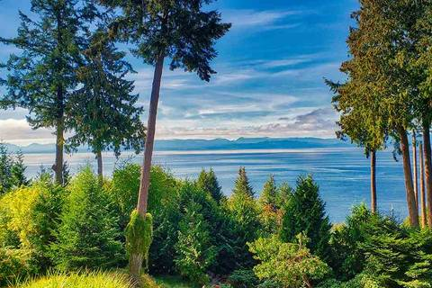 House for sale at 8025 Redrooffs Rd Halfmoon Bay British Columbia - MLS: R2333482