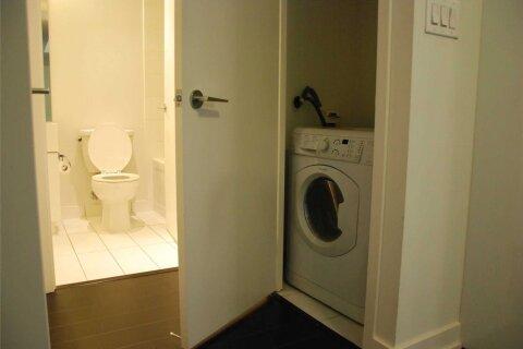 Apartment for rent at 10 Capreol Ct Unit 803 Toronto Ontario - MLS: C4997802