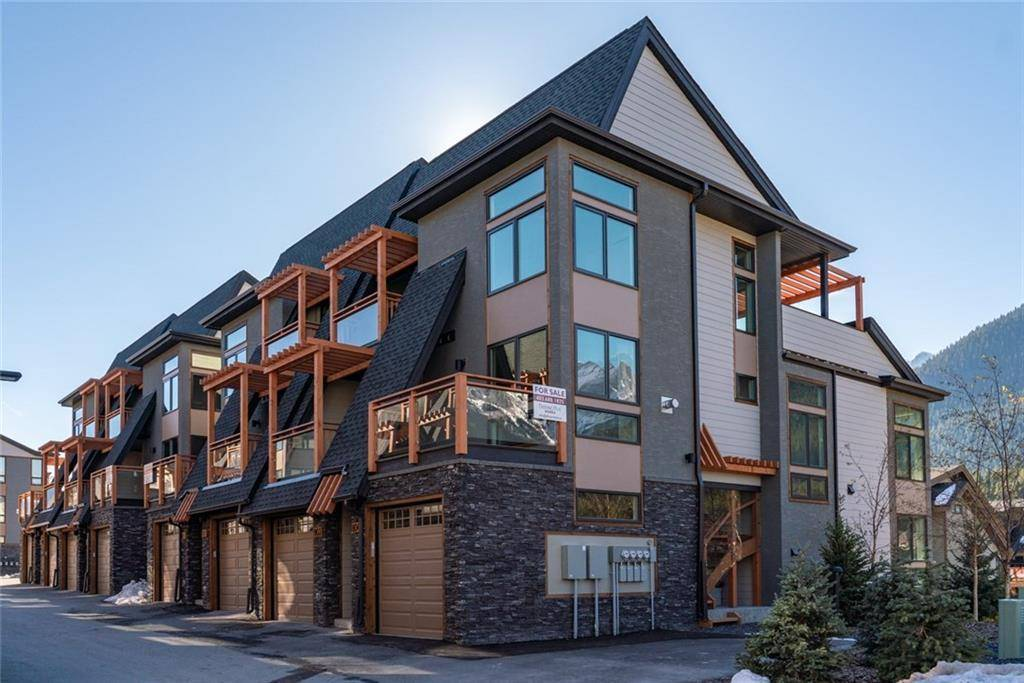 Townhouse for sale at 102 Stewart Creek Ri Unit 803 Three Sisters, Canmore Alberta - MLS: C4213719