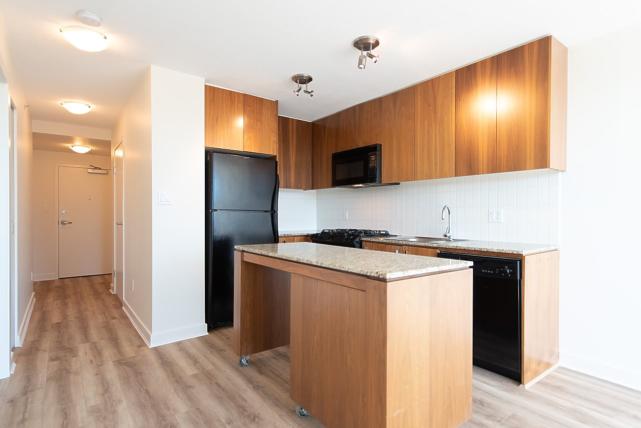 For Sale: 1030 West Broadway, Vancouver, BC | 1 Bed, 1 Bath Condo for $599,900. See 19 photos!