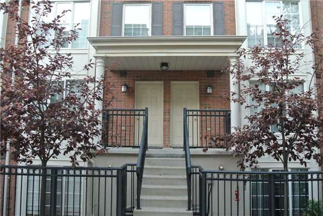 Everson Drive Townhomes Condos: 5 Everson Drive, Toronto, ON