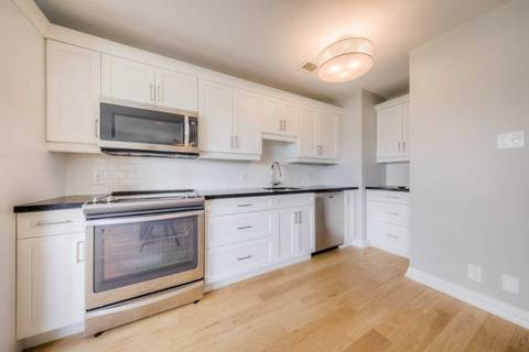Apartment for rent at 74 Spadina Rd Unit 803 Toronto Ontario - MLS: C4603198