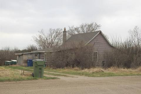 Home for sale at 803 Coteau St E Moose Jaw Saskatchewan - MLS: SK806531