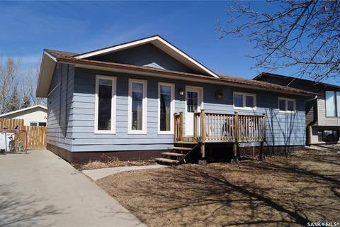 House for sale at 803 Ridpath Rd Rosetown Saskatchewan - MLS: SK805251