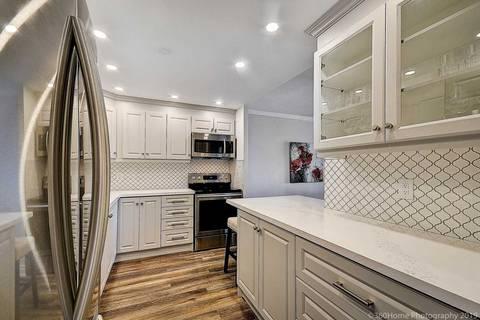 Condo for sale at 1359 White Oaks Blvd Unit 804 Oakville Ontario - MLS: W4595606