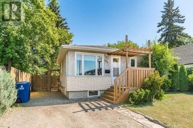 House for sale at 804 Gray Ave Saskatoon Saskatchewan - MLS: SK818806