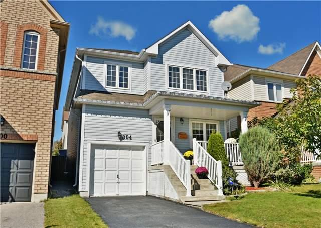 Sold: 804 Taggart Crescent, Oshawa, ON
