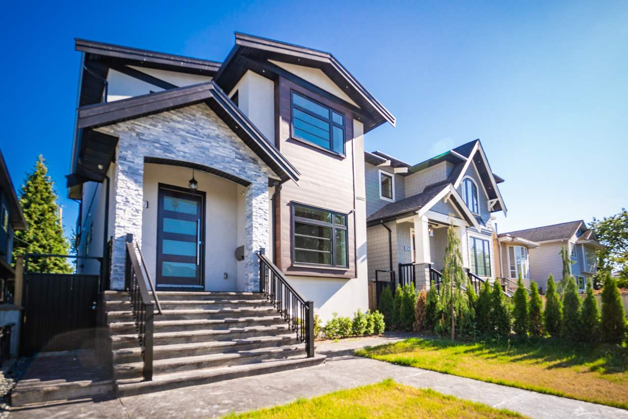 Removed: 8042 17th Avenue, Burnaby, BC - Removed on 2019-11-14 09:39:12