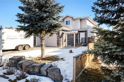 House for sale at 8043 Laguna Wy Northeast Calgary Alberta - MLS: C4287033