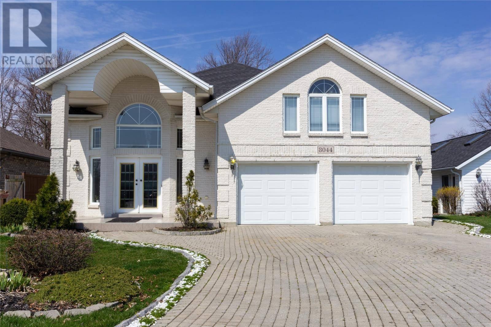 House for sale at 8044 Gardiner Cres Amherstburg Ontario - MLS: 20004563