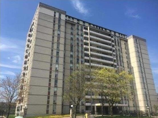 For Sale: 805 - 130 Neptune Drive, Toronto, ON | 2 Bed, 2 Bath Condo for $469,900. See 18 photos!