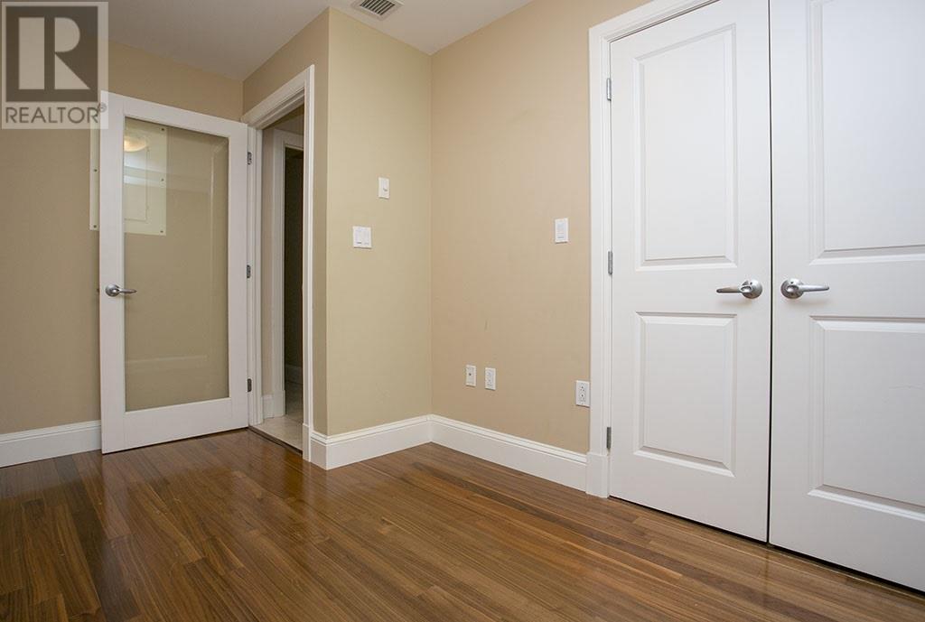 For Sale: 805 - 1550 Dresden Row, Halifax, NS | 2 Bed, 3 Bath House for $650,000. See 31 photos!