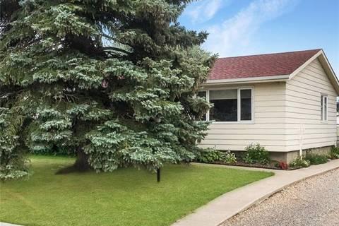 House for sale at 805 1st St Northeast Three Hills Alberta - MLS: C4237865