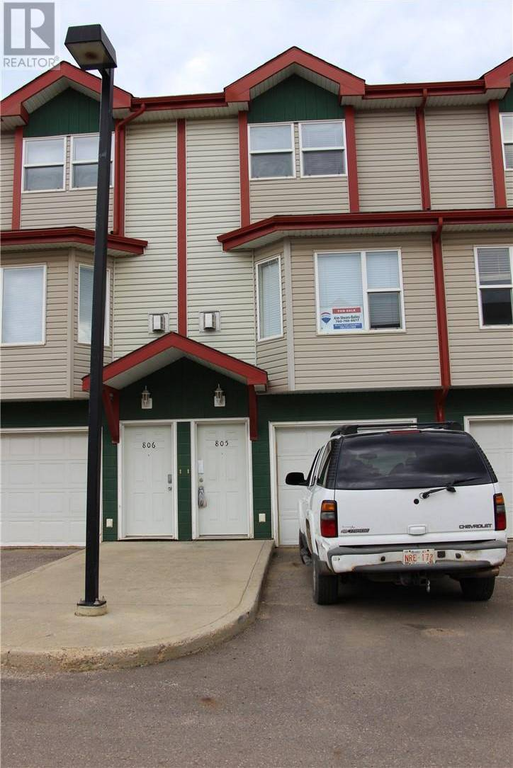 Townhouse for sale at 201 Arabian Dr Unit 805 Fort Mcmurray Alberta - MLS: fm0182681
