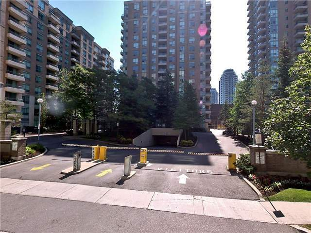 Removed: 805 - 29 Pemberton Avenue, Toronto, ON - Removed on 2017-08-27 05:47:58