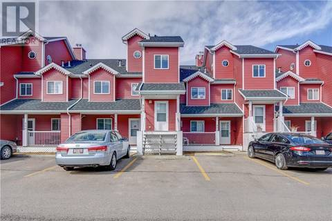 Townhouse for sale at 5220 50a Ave Unit 805 Sylvan Lake Alberta - MLS: ca0154571