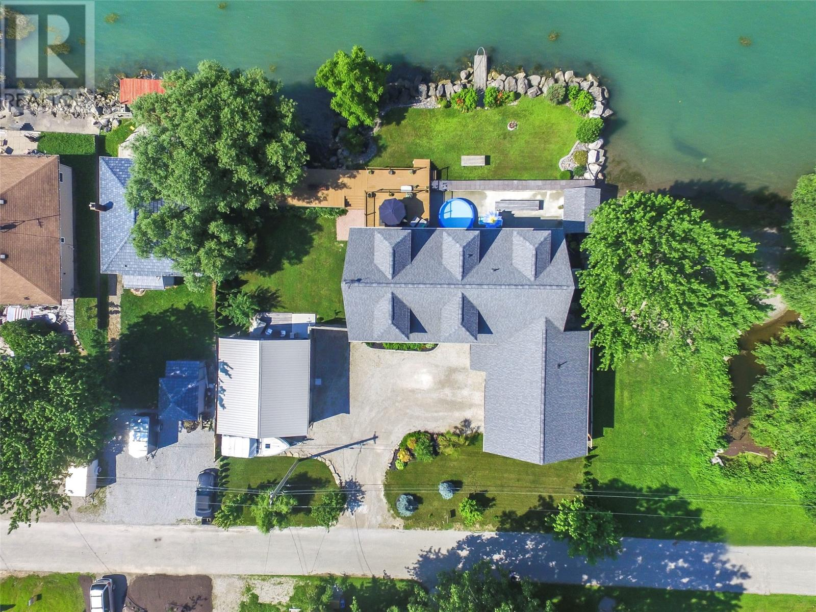 For Sale: 805 Erie Shores, Harrow, ON | 5 Bed, 4 Bath House for $800,000. See 30 photos!