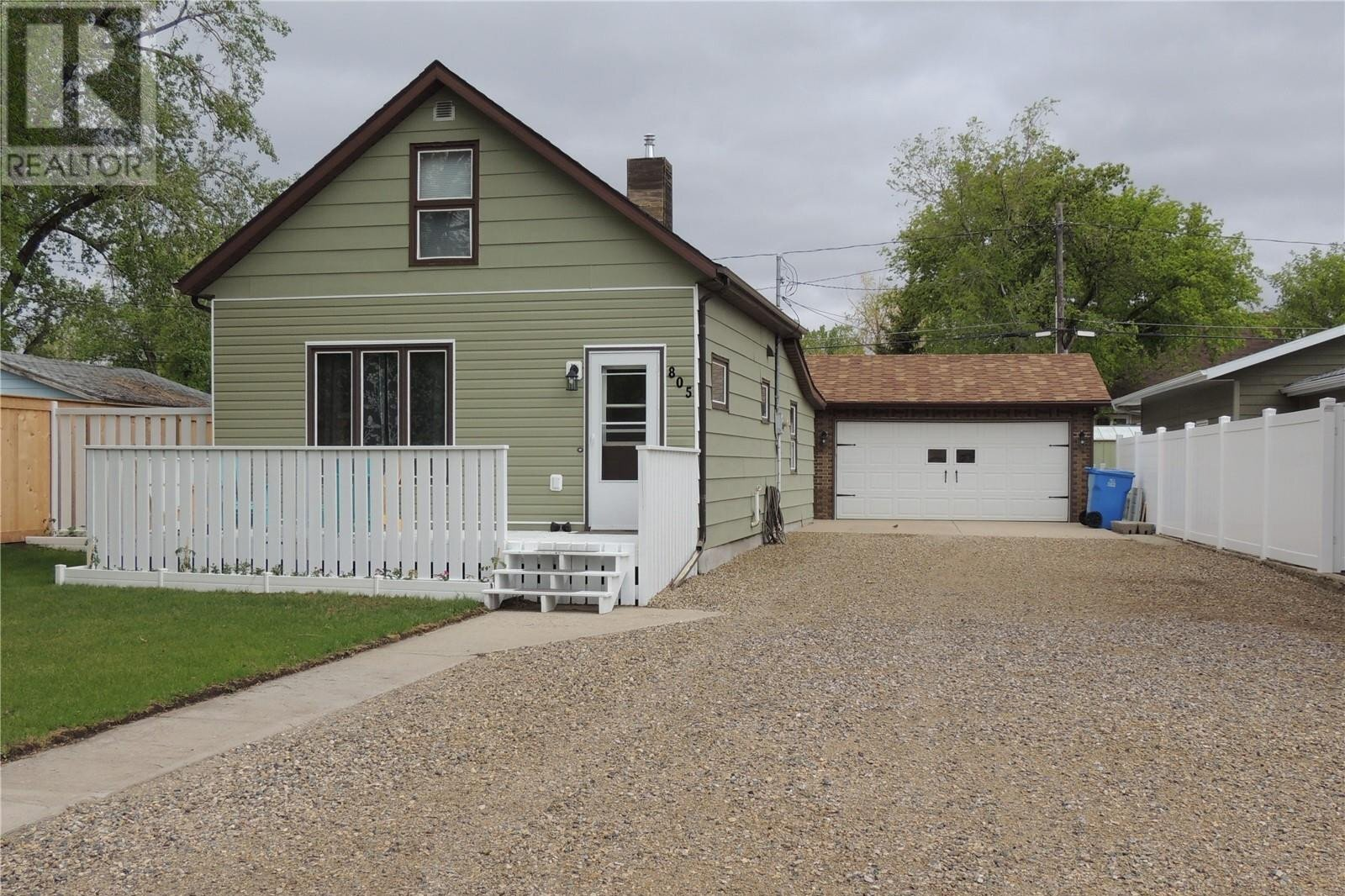 House for sale at 805 George St Estevan Saskatchewan - MLS: SK834105