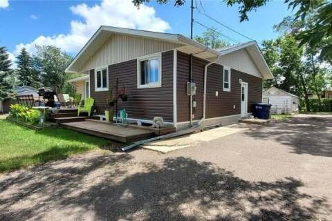 House for sale at 805 Grey Ave Grenfell Saskatchewan - MLS: SK803783