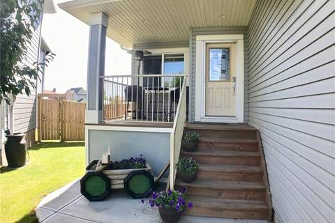805 Hampshire Place Northeast, High River | Image 2