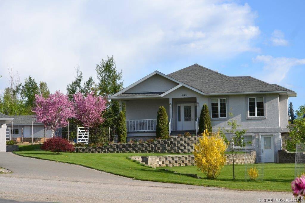 House for sale at 805 Hilton Street St Creston British Columbia - MLS: 2442438