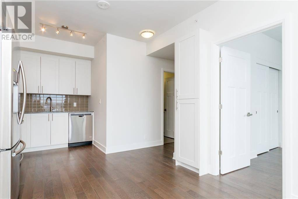 Apartment for rent at 1035 Bank St Unit 806 Ottawa Ontario - MLS: 1174000