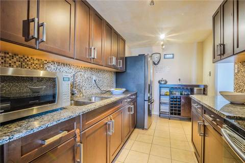 Condo for sale at 3120 Kirwin Ave Unit 806 Mississauga Ontario - MLS: W4408540