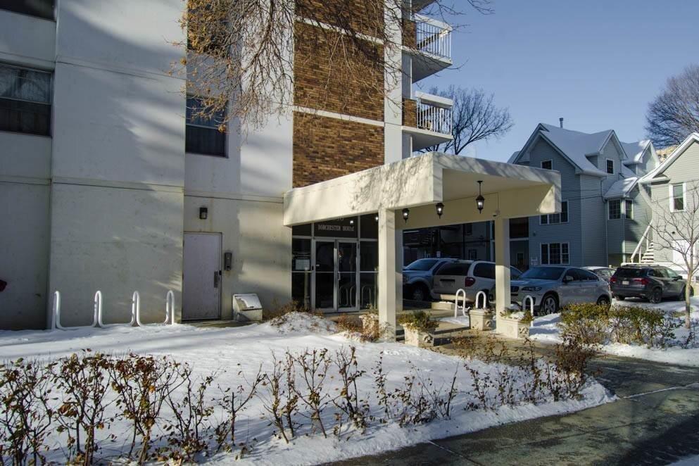 Condo for sale at 9930 113 St NW Unit 806 Edmonton Alberta - MLS: E4212870