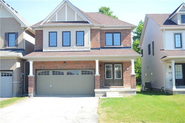 For Sale: 8069 Buckeye Crescent, Niagara Falls, ON | 4 Bed, 3 Bath House for $639,990. See 4 photos!