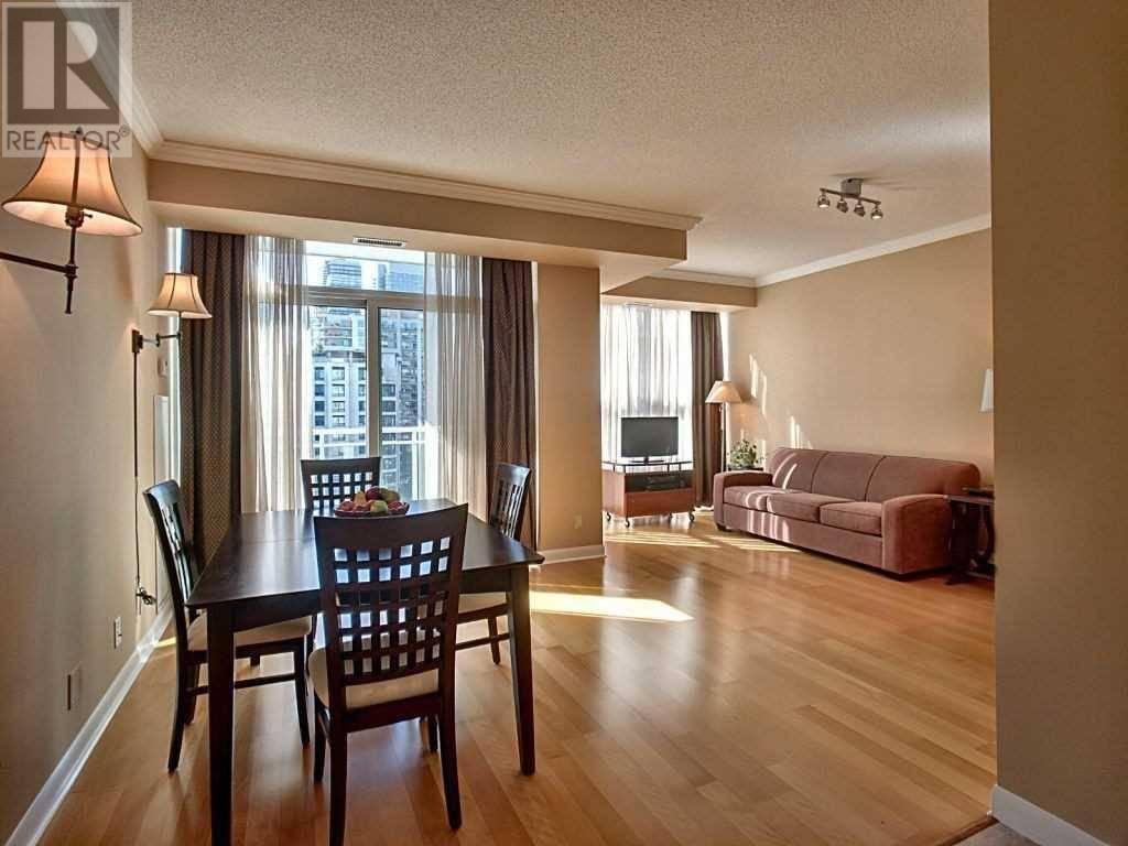 Condo for sale at 2067 Lake Shore Blvd West Unit 807 Toronto Ontario - MLS: W4605698