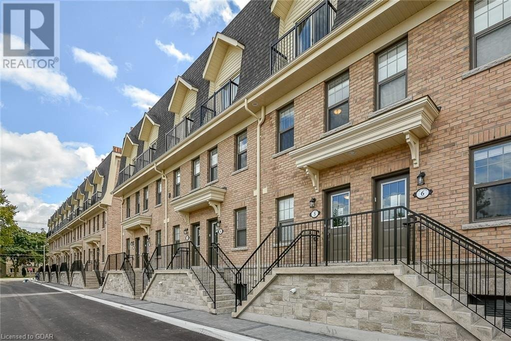 Townhouse for sale at 807 Gordon St Guelph Ontario - MLS: 40056193
