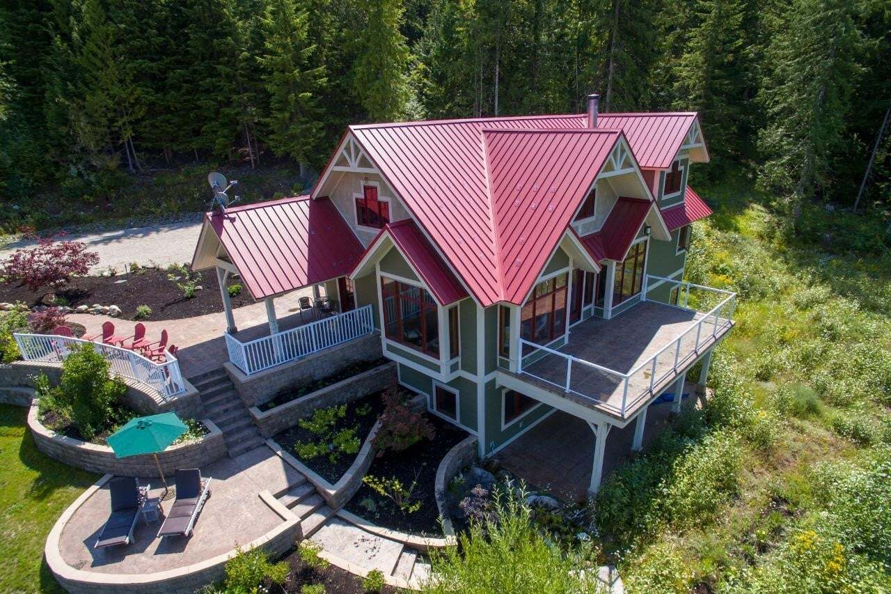 House for sale at 8070 Red Mountain Road  Silverton British Columbia - MLS: 2451800