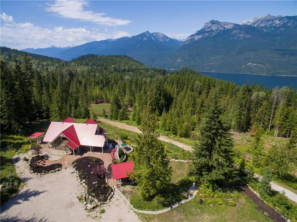 House for sale at 8070 Red Mountain Road  Village Of Silverton British Columbia - MLS: 2439463