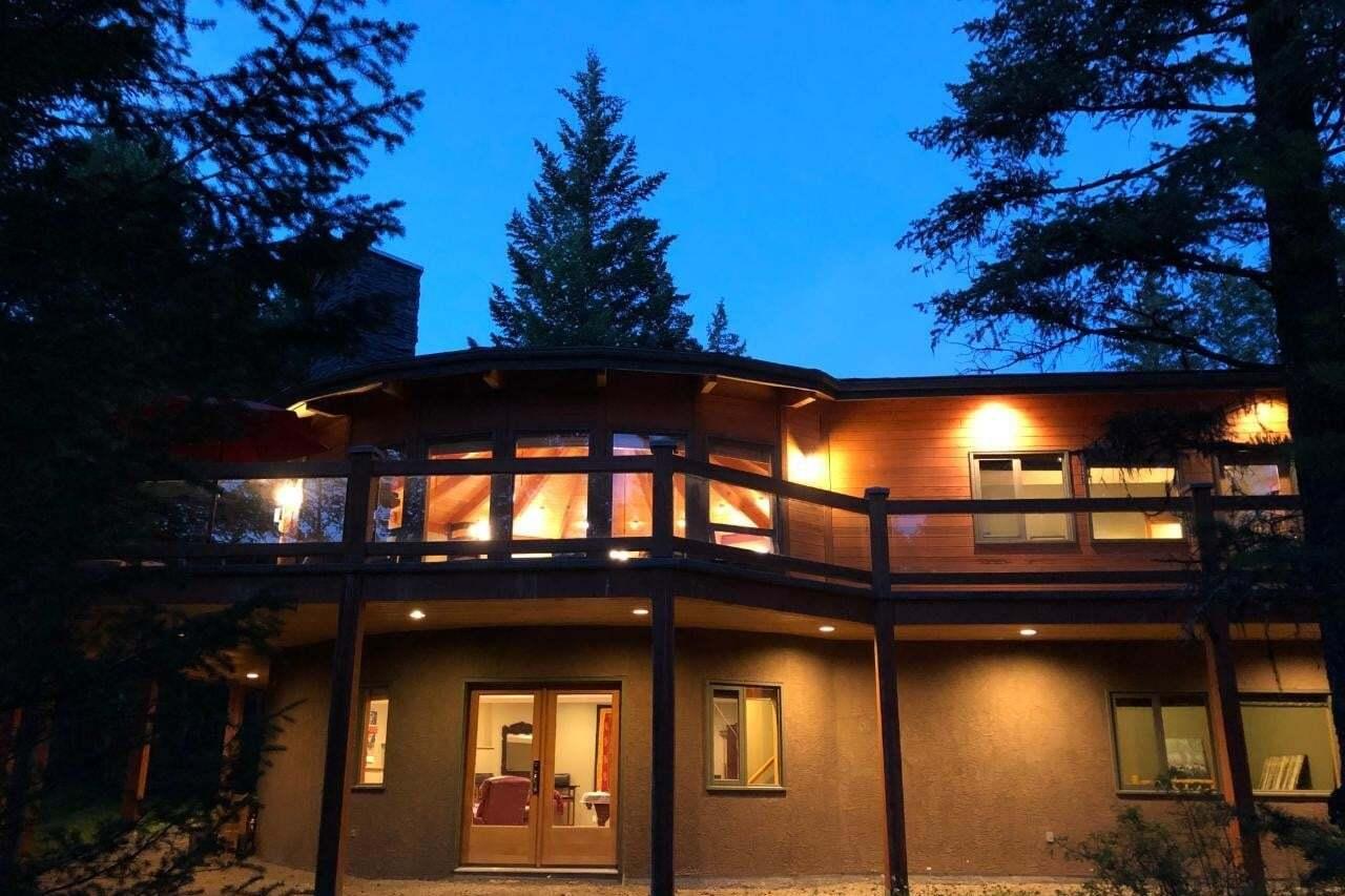 House for sale at 8077 Mcintosh Loop Road  Radium Hot Springs British Columbia - MLS: 2441634