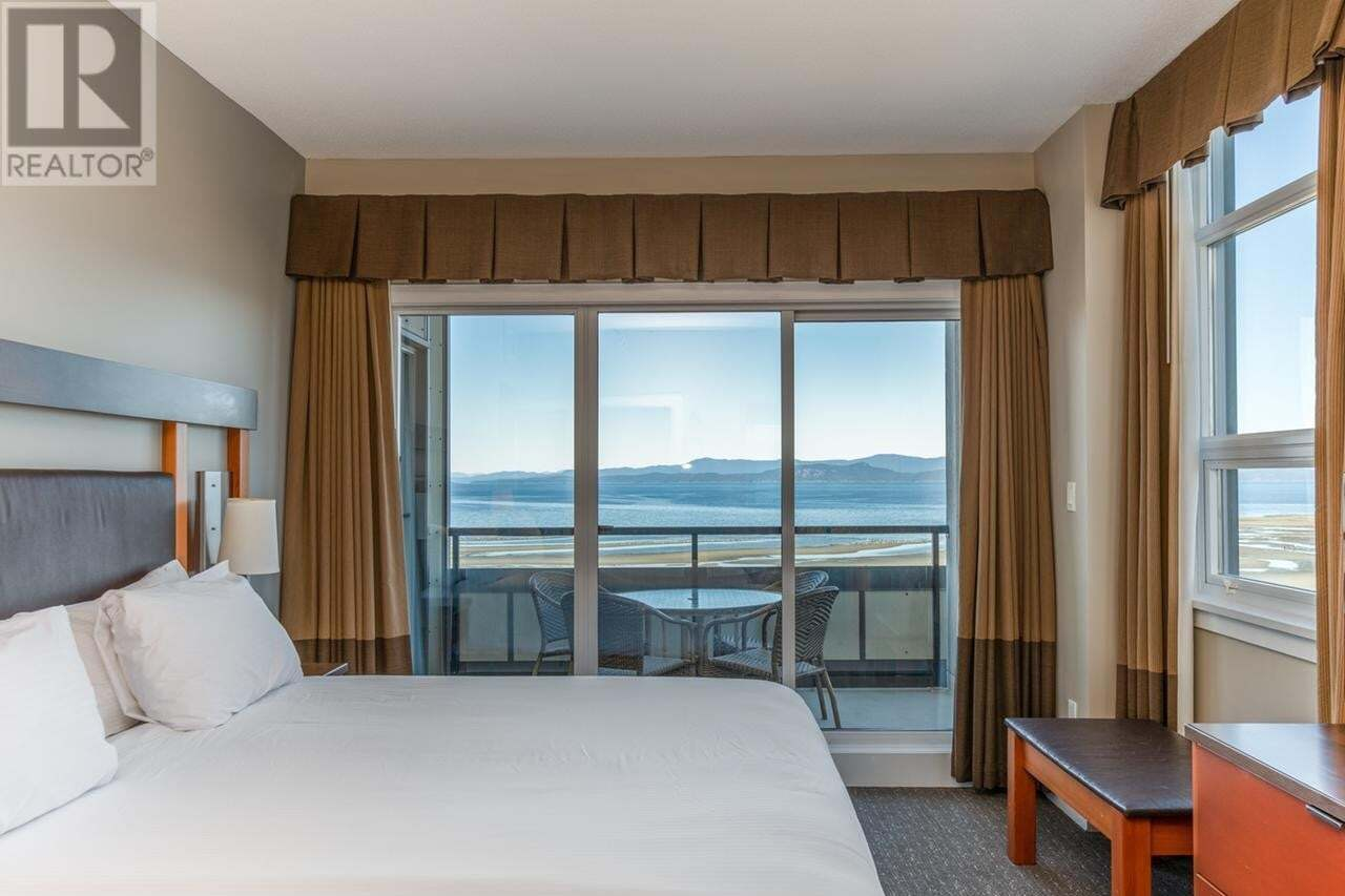 Condo for sale at 181 Beachside  Unit 808/807A Parksville British Columbia - MLS: 836887