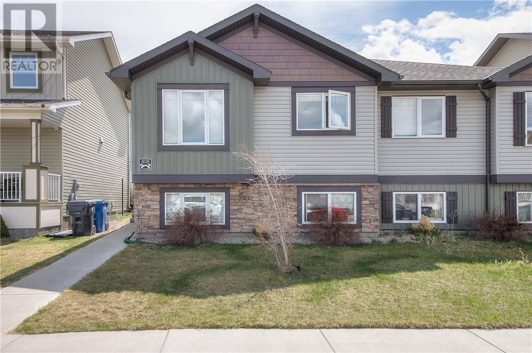 Townhouse for sale at 808 Silkstone Cs W Lethbridge Alberta - MLS: ld0190946