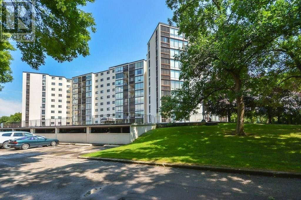 Condo for sale at 19 Woodlawn Rd East Unit 809 Guelph Ontario - MLS: 30764297