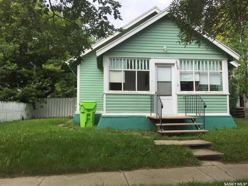 House for sale at 809 Main St Rosetown Saskatchewan - MLS: SK774126