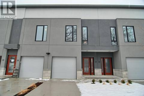 Townhouse for rent at 550 Sandison  Unit 81 Windsor Ontario - MLS: 20002364
