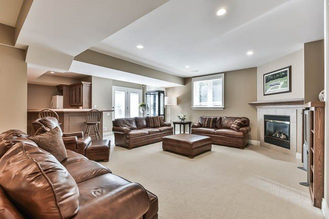 For Sale: 81 Ballantrae Road, Whitchurch Stouffville, ON | 2 Bed, 5 Bath House for $1,998,000. See 20 photos!