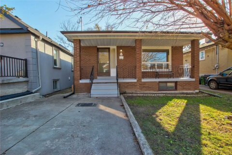 House for rent at 81 Langden Ave Toronto Ontario - MLS: W5002236