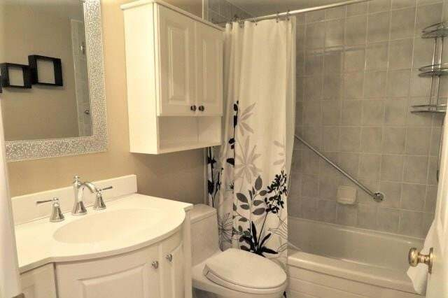 Condo for sale at 81 Scott St St. Catharines Ontario - MLS: 30806653