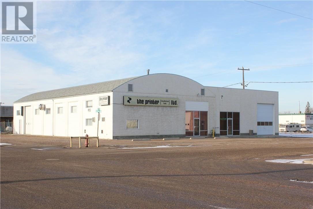 Commercial property for sale at 810 15 St Southwest Medicine Hat Alberta - MLS: mh0184717