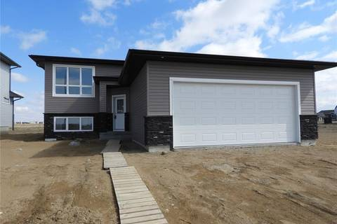 House for sale at 810 1st Ave N Warman Saskatchewan - MLS: SK776396