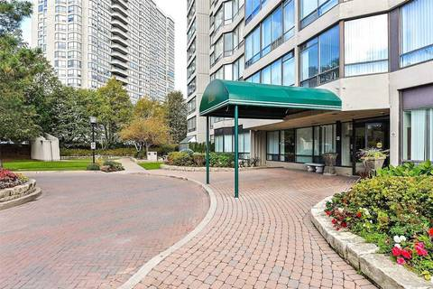 Condo for sale at 26 Hanover Rd Unit 810 Brampton Ontario - MLS: W4704586